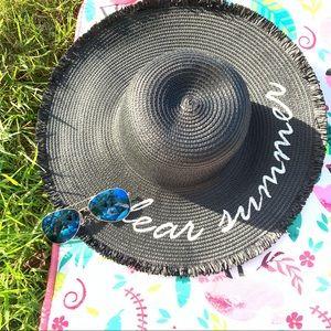 "👒 Floppy Straw Hats w/ ""Dear Summer"""